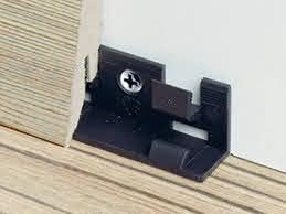Sockelleisten Clip Array Push Snap System